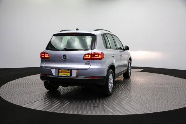 2017 Volkswagen Tiguan for sale 122838 4