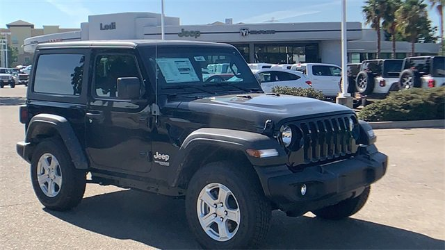 2019 Jeep Wrangler Sport S Sport S 4x4 Regular Unleaded V-6 3.6 L/220 [1]