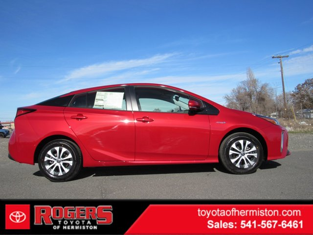 New 2020 Toyota Prius in Hermiston, OR