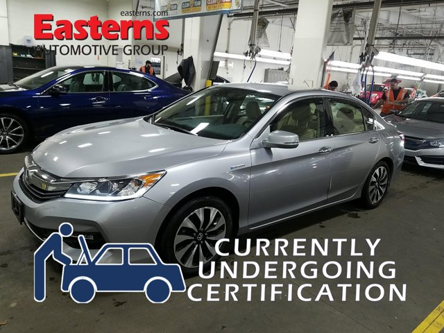 2017 Honda Accord Hybrid  4dr Car