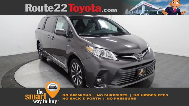 New 2020 Toyota Sienna in Hillside, NJ