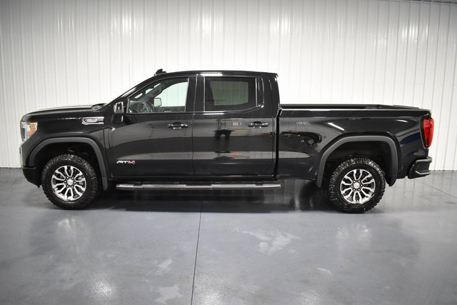 2019 GMC Sierra 1500 AT4 photo