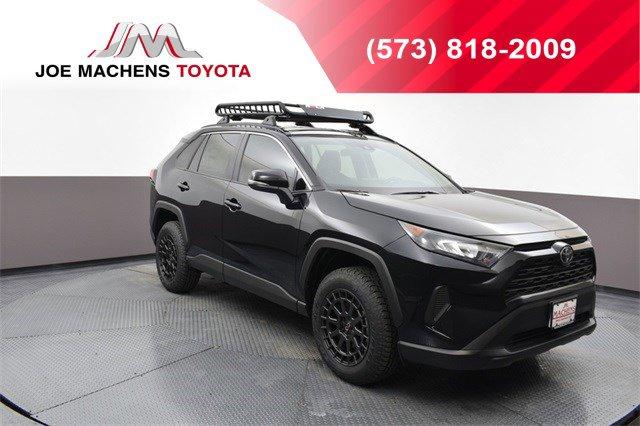 New 2019 Toyota RAV4 in , MO