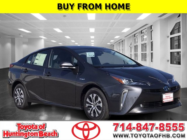 2021 Toyota Prius LE  Gas/Electric I-4 1.8 L/110 [3]