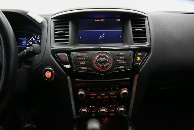 2018 Nissan Pathfinder for sale 121327 10