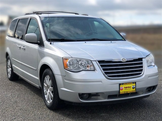 Used 2008 Chrysler Town & Country in Olympia, WA