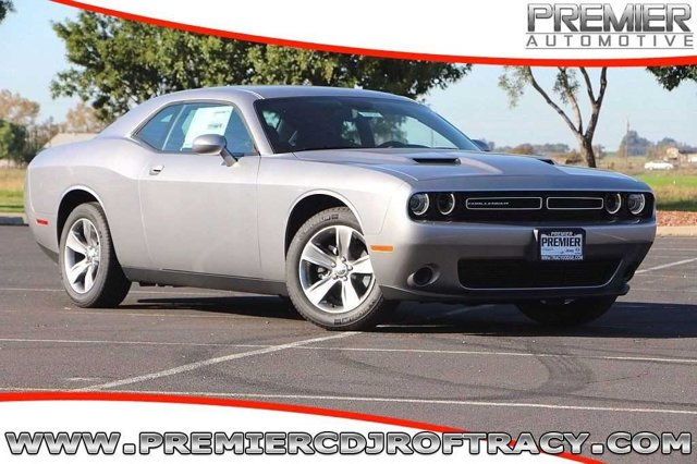 New 2016 Dodge Challenger in Tracy, CA