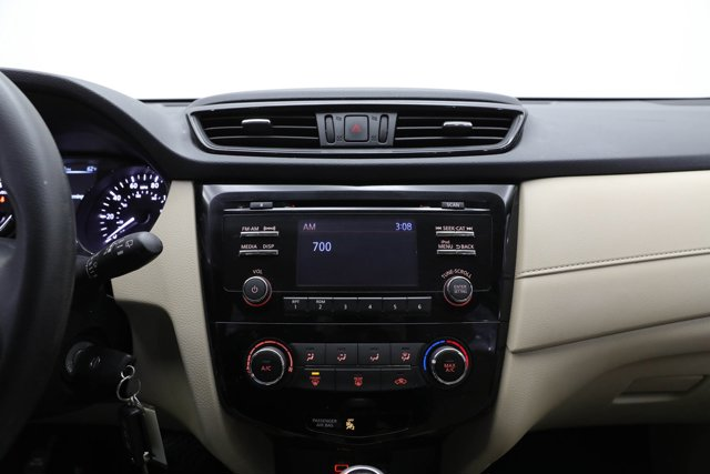 2017 Nissan Rogue for sale 125264 10