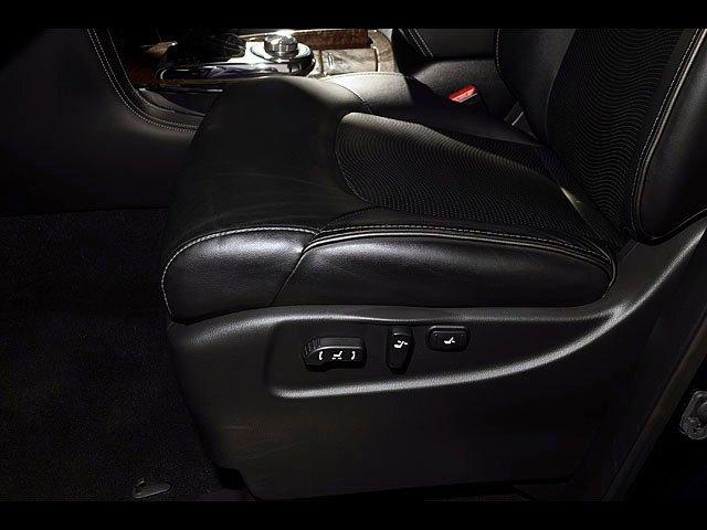 2015 INFINITI QX80 Driver Assist 8 Passenger AWD Navigation 23