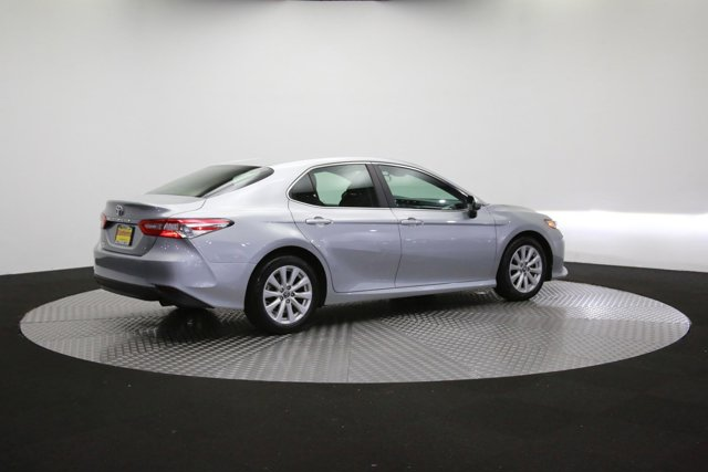 2018 Toyota Camry for sale 124297 36