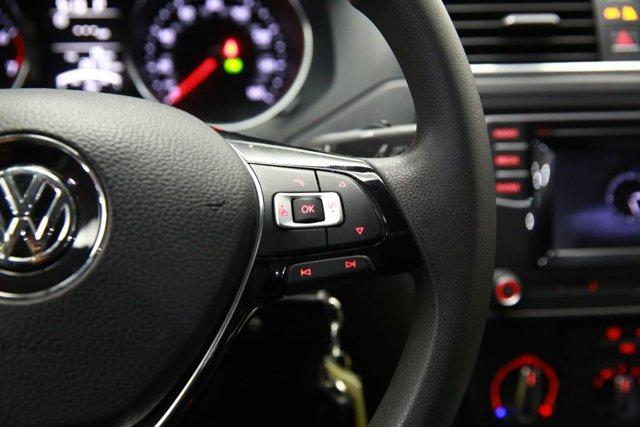 2017 Volkswagen Jetta for sale 124242 14