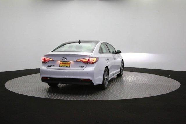 2017 Hyundai Sonata Hybrid for sale 125172 34