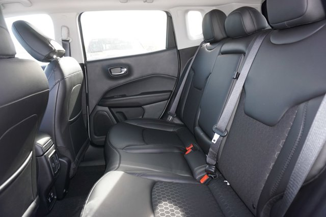 New 2021 Jeep Compass Altitude FWD
