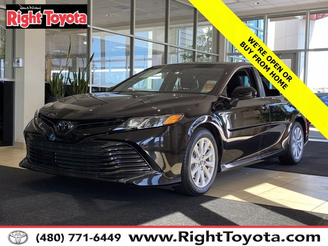 2018 Toyota Camry LE LE Auto Regular Unleaded I-4 2.5 L/152 [18]