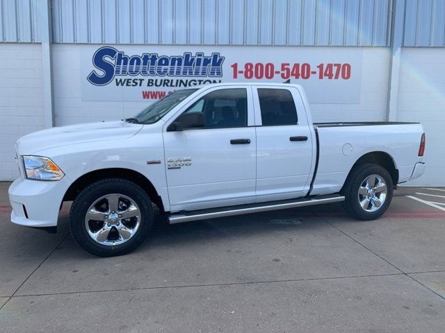 New 2019 Ram 1500 Classic in West Burlington, IA