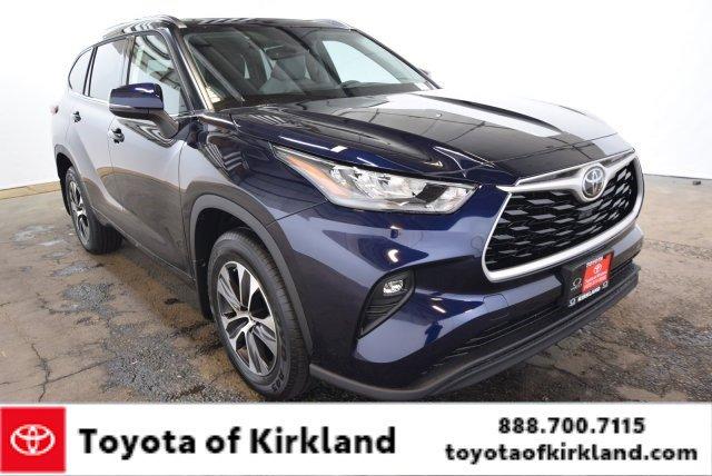 New 2020 Toyota Highlander in Kirkland, WA