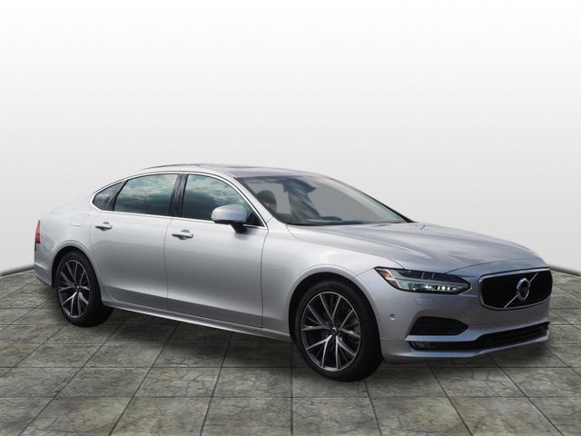 New 2019 Volvo S90 in Greensburg, PA