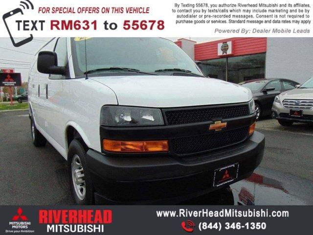 2018 Chevrolet Express Cargo Van RWD 2500 135″ Gas V6 4.3L/ [1]