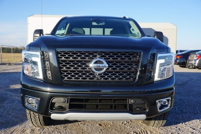 New 2019 Nissan Titan in Shelbyville, TN