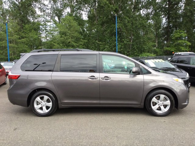 Used 2015 Toyota Sienna 5dr 8-Pass Van LE FWD