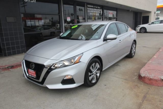 2019 Nissan Altima 2.5 S 2.5 S Sedan Regular Unleaded I-4 2.5 L/152 [9]