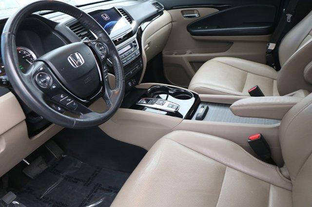 Used 2017 Honda Pilot Elite AWD