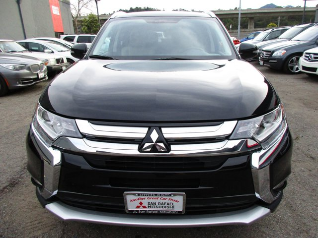 Photo 27 of this used 2017 Mitsubishi Outlander vehicle for sale in San Rafael, CA 94901