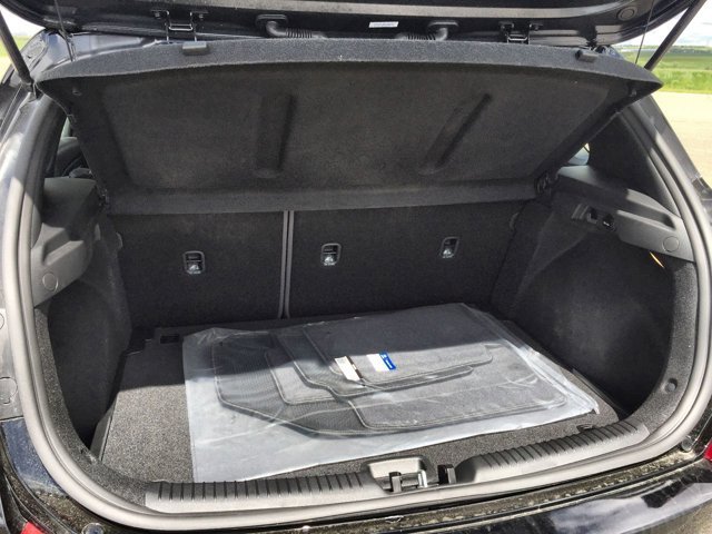New 2019 Hyundai Elantra GT Base