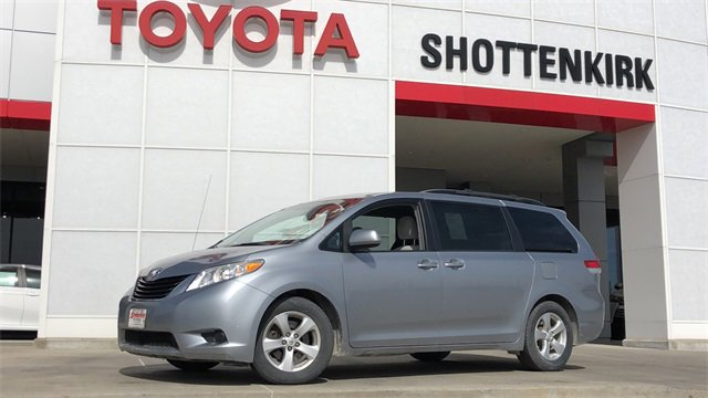 Used 2013 Toyota Sienna in Quincy, IL