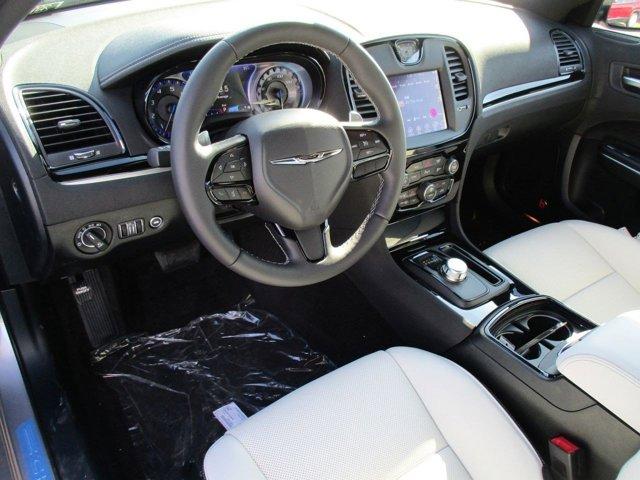 New 2017 Chrysler 300 300S RWD