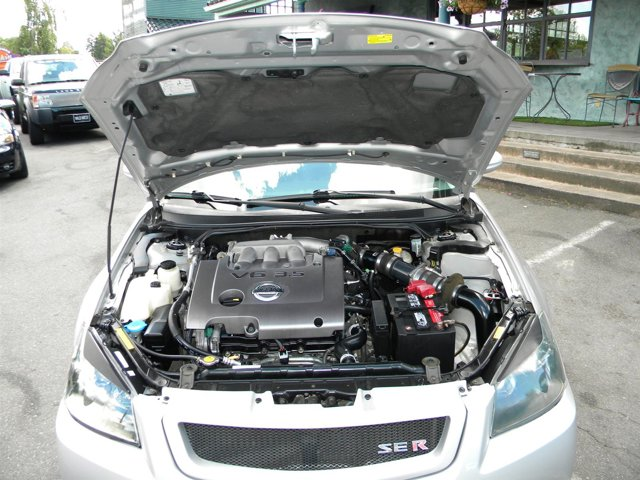 Used 2005 Nissan Altima 4dr Sdn V6 Manual 3.5 SE