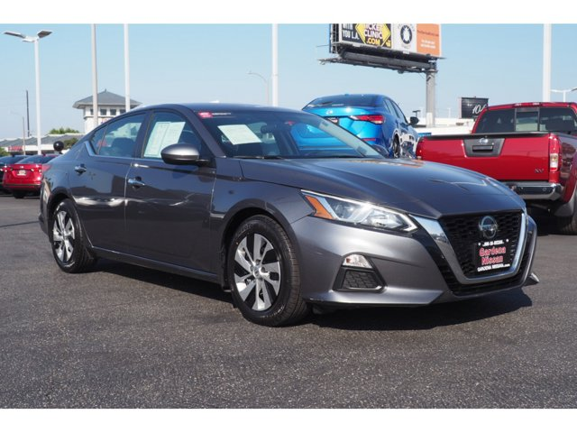 2019 Nissan Altima 2.5 S 2.5 S Sedan Regular Unleaded I-4 2.5 L/152 [6]