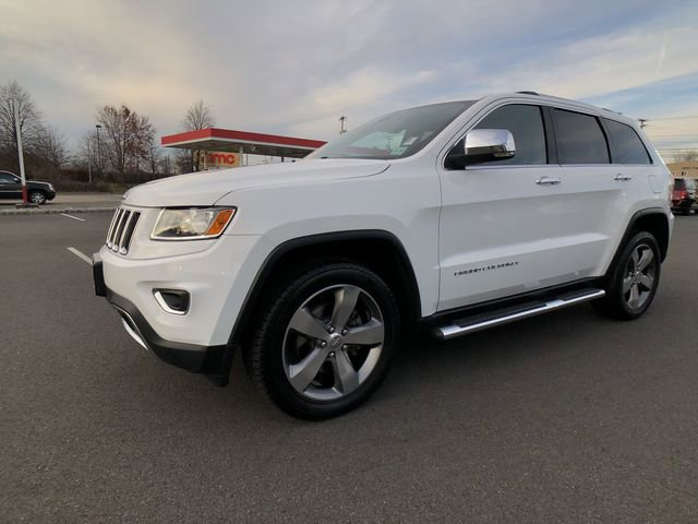 2015 Jeep Grand Cherokee Limited 50239 miles VIN 1C4RJFBG3FC226784 Stock  1944242356 25912