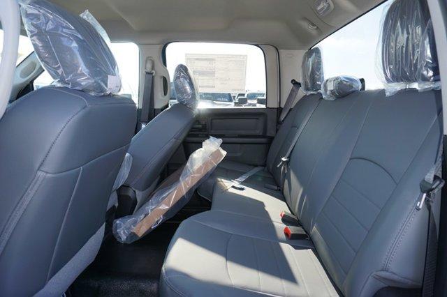 New 2019 Ram 1500 Classic Tradesman 4x2 Crew Cab 5'7 Box