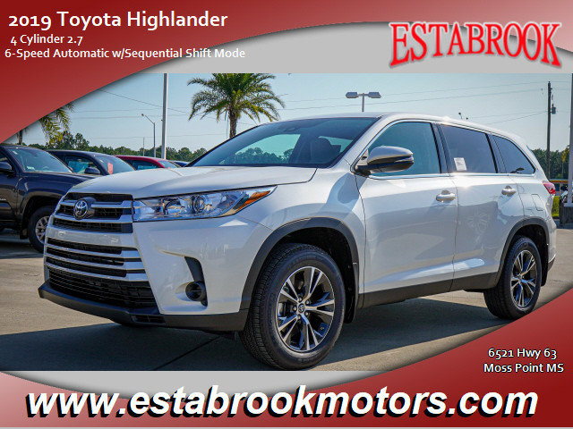 New 2019 Toyota Highlander in Moss Point, MS