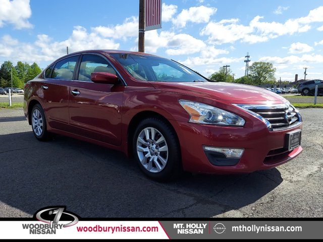2015 Nissan Altima 2.5 S 4dr Sdn I4 2.5 S Regular Unleaded I-4 2.5 L/152 [2]