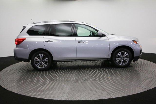 2018 Nissan Pathfinder for sale 121327 3