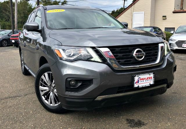 2019 Nissan Pathfinder SL CHARCOAL  LEATHER SEATING SURFACES  -inc double stitch L92 CARPETED F