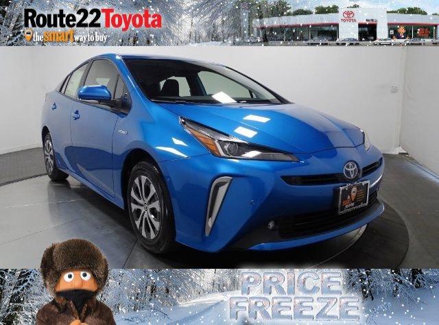 2021 Toyota Prius LE LE AWD-e Gas/Electric I-4 1.8 L/110 [3]