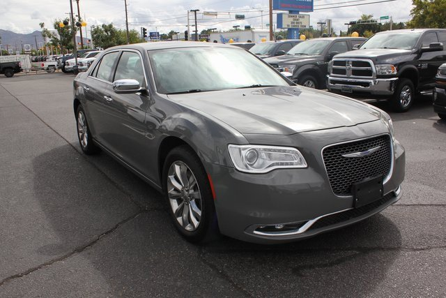 2018 Chrysler 300 C