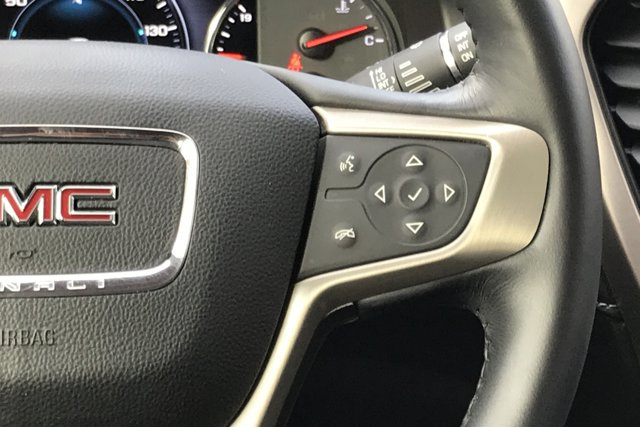 Used 2017 GMC Acadia FWD 4dr Denali