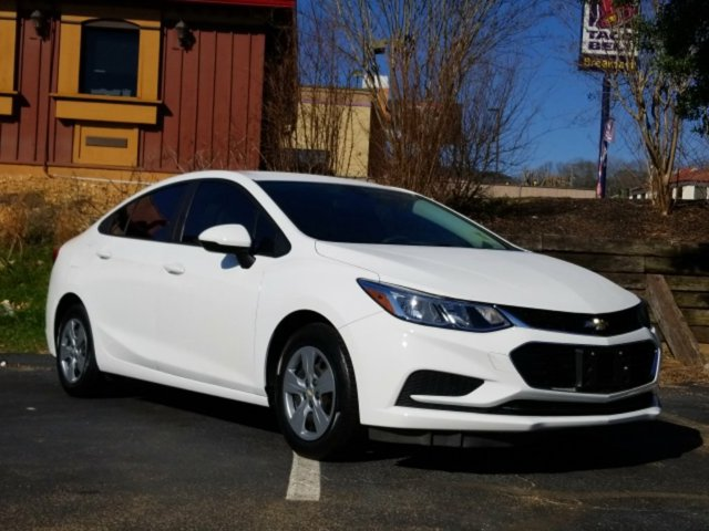 Used 2017 Chevrolet Cruze in Chattanooga, TN