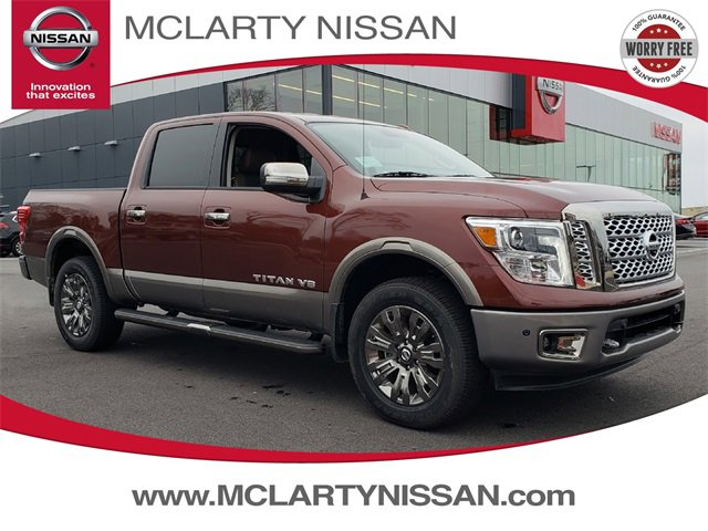 New 2019 Nissan Titan in North Little Rock, AR