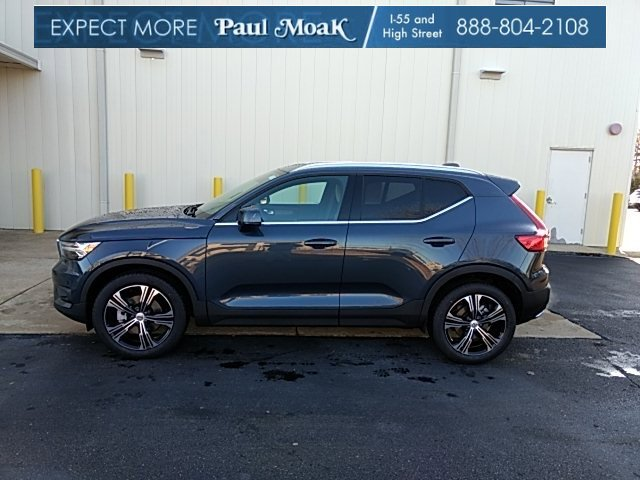 New 2020 Volvo XC40 in Jackson, MS