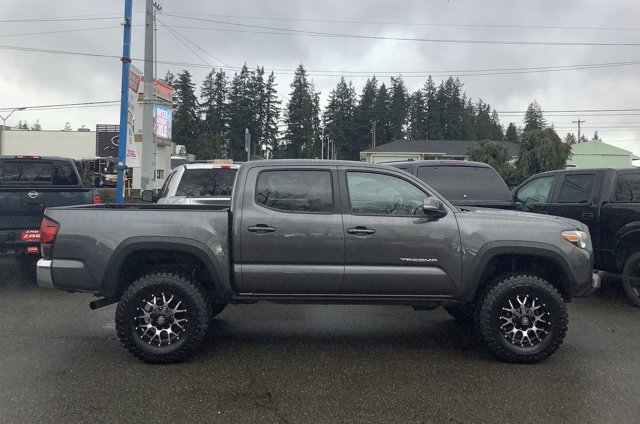 2018 Toyota Tacoma TRD Off Road Double Cab 5' Bed V6 4x4 MT