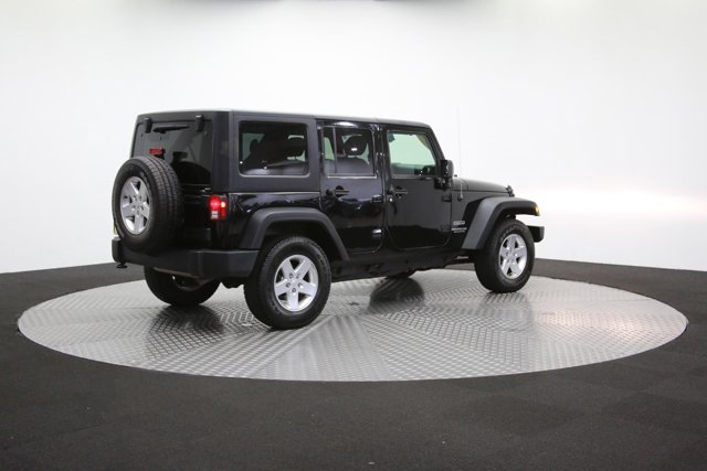 2016 Jeep Wrangler Unlimited 124726 36