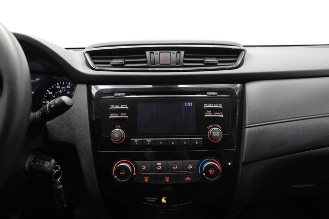 2017 Nissan Rogue for sale 125646 10