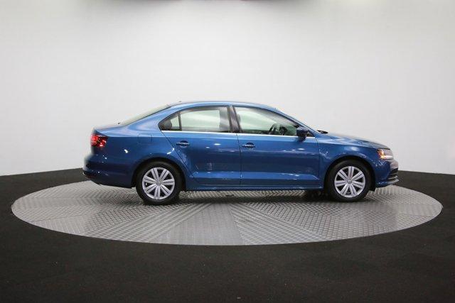 2017 Volkswagen Jetta for sale 124242 40