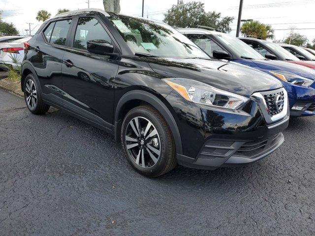 New 2020 Nissan Kicks in Tampa, FL