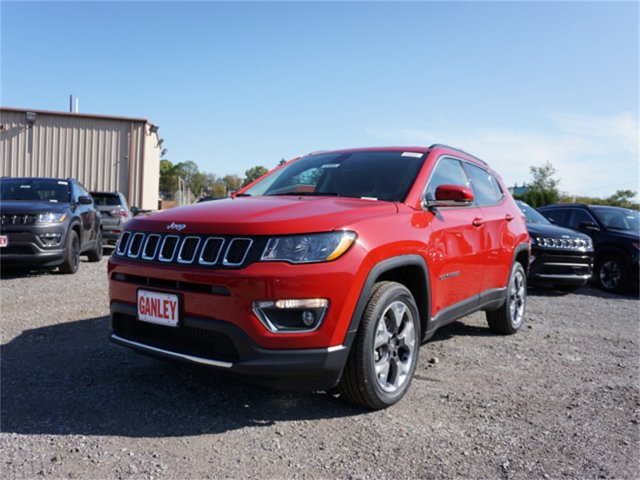 New 2019 Jeep Compass in Cleveland, OH